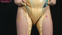 blonde_swimsuit_filling_gloop_010