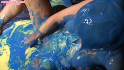 gunged_blonde_008