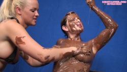 candi_covered_in_chocolate_014