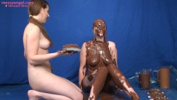shay_hendrix_maise_dee_chocolate_covered_girls_006