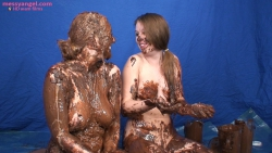 shay_hendrix_maise_dee_chocolate_covered_girls_016