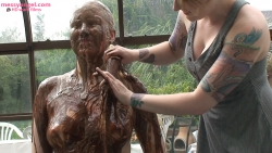 chocolate_covered_blonde_anna_010