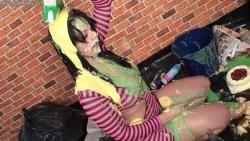 brunette_messy_drunk_005