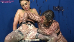 mistress_dom_sploshing_013