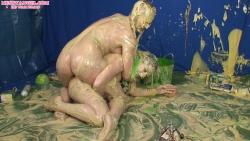 shay_hendrix_maise_dee_messy_wrestling_010