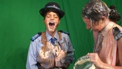 policewomen_sploshed_005