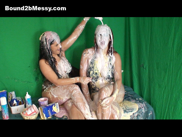 kiera_jones_elleP_gunged_babes_b2bm_016